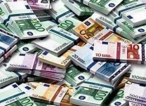 Самые ненадежные валюты 2013 года