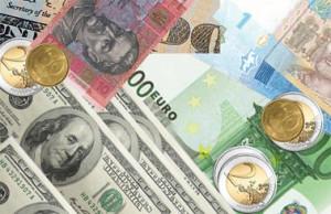 В какой валюте хранить деньги в банках