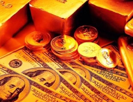 Standard & Poor's прогнозирует сокращения золотовалютных запасов Украины
