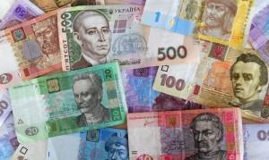 Украинская гривна снова оказалась перед угрозой стремительного обвала