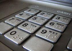 Эксперыт назвали пин-коды кредитных карт, которые очень легко взломать