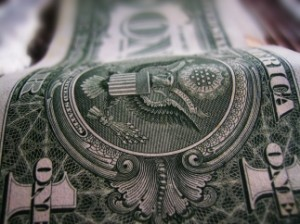 В Украине критически не хватает доллара