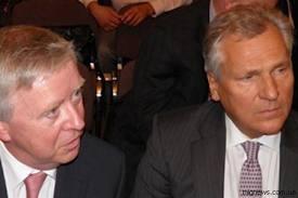 Кокс и Квасьневский срочно возвращаются в Украину