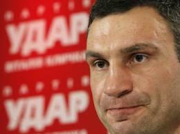 Закон о «дисквалификации Кличко» передан на подпись Януковичу