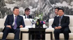 Китай «кинул» Виктора Януковича