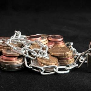 Обанкротились два украинских банка