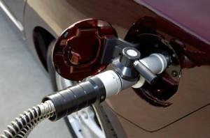 Продажи топлива падают