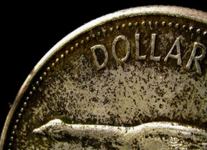 доллар укрепляется