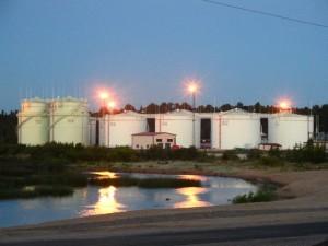 Мировые нефтехранилища переполнены