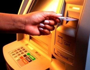 Рассчитываться кредиткой в магазинах не безопасно