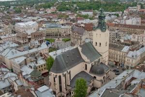 Во Львовской области приостановили отопительный сезон