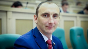 Сенатор Михаил Марченко