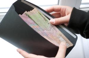 Курс валют и зарплата в Украине
