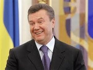 Янукович требует расследовать покушения