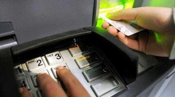 Кража с банковской карты способы мошенничества и что делать