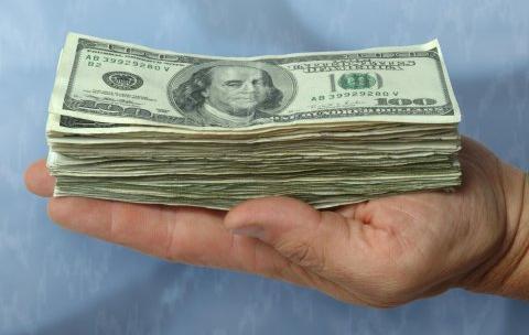 Где украинцы ищут деньги