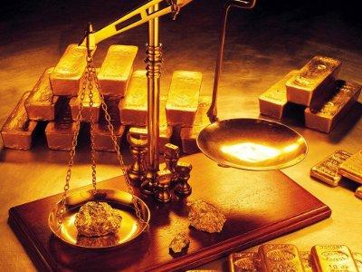 Золото и серебро подешевело до минимума 2010 года