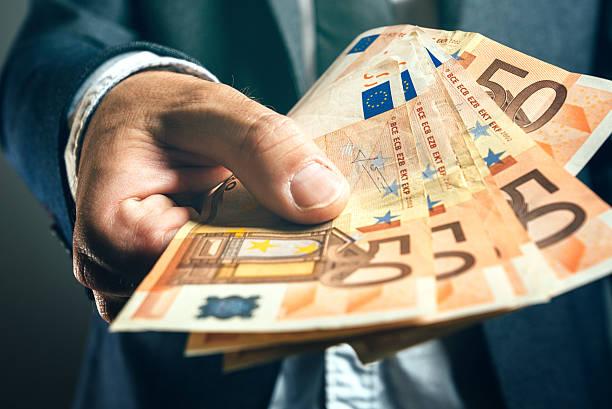 Нацбанк ознакомил представителей валютных обменников с новыми правилами