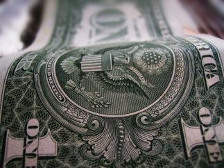 В ближайшее время курс доллара может рухнуть до 4 гривен