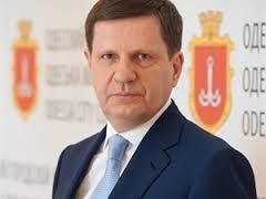 Сразу после отставки Костусев уехал из Украины, но обещал вернуться