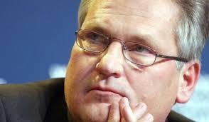 Квасневский продолжает уговаривать Януковича подписать ассоциацию с ЕС