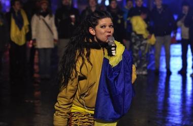 Певица Руслана пригрозила сжечь себя на Майдане