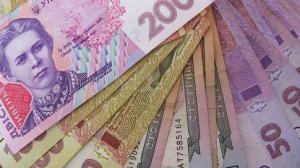 Рост курса доллара приведет к подорожанию товаров в Украине