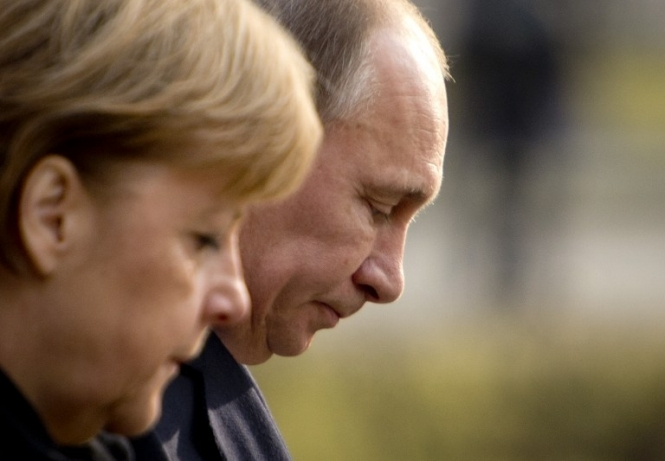 Владимир Путин и Ангела Меркель обсудили ситуацию на Украине