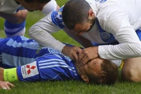 Футболист «Днепра» спас жизнь сопернику