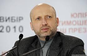 Турчинов заявил, что Украина не будет вводить свои войска в Крым
