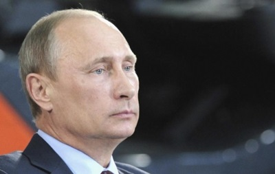 Путин пообещал наградить военных, «охранявших» референдум в Крыму