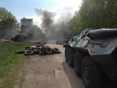 СМИ: В Славянске приостановили антитеррористическую операцию