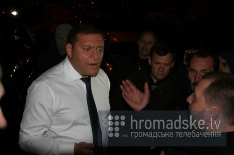 Как Добкина в Киеве облили зелёнкой и обсыпали мукой