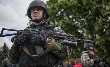 Украинские силовики уничтожили в Славянске крупный склад боеприпасов