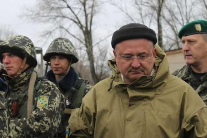 Порошенко присвоил Игорю Момоту звание генерал-майора посмертно