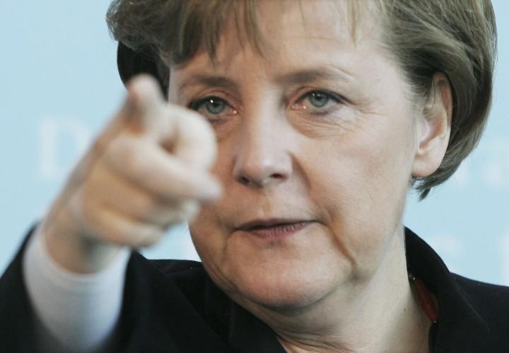 Руководство Германии заморозило оружейную сделку с Россией