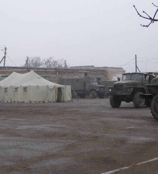 В селах на границе боевых действий не платят зарплаты и пенсии