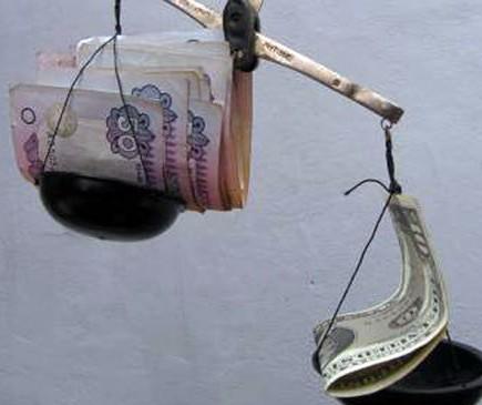 Уже до нового года доллар будет стоить 20 гривен