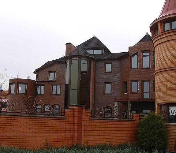 Киевский дом Януковича продан