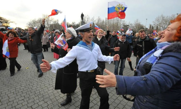 Жители полуострова пересматривают отношение к действиям России