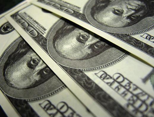 От паники к дефициту: настала очередь гривны