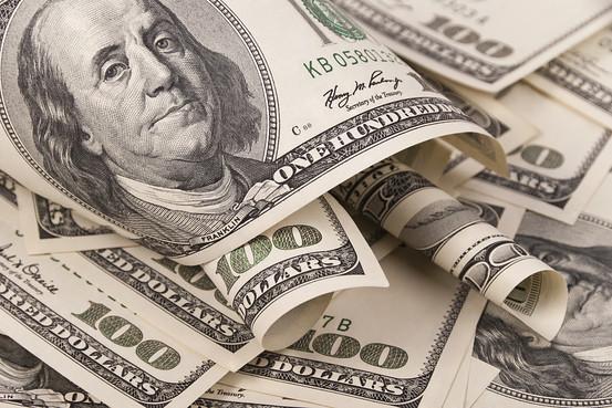Курс доллара достиг бюджетного уровня