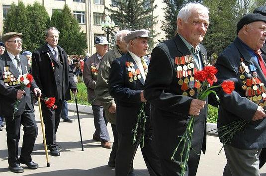 Мурманским ветеранам по случаю 9 мая…напомнили о бесплатных похоронах