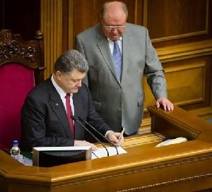 Порошенко рассмотрит законопроект о подписании меморандума с ЕС