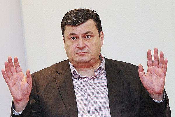 Квиташвили не хочет, чтобы Яценюк оценивал его работу