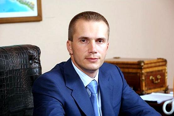 Сын Януковича остался без украинских миллионов
