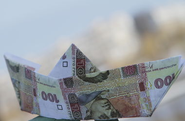 Нацбанк пока не вмешивается в валютный рынок