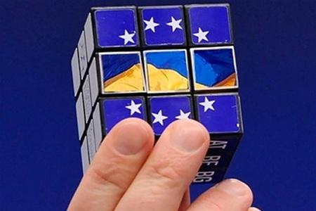 Яценюк просит поддержки Литвы в увеличении квоты для Украины