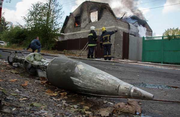 Донбасс может провести зиму без тепла и воды