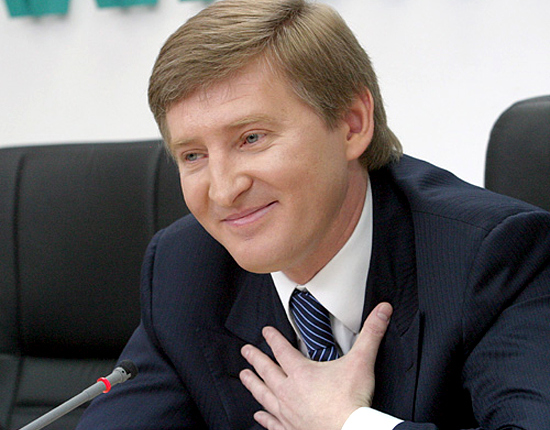 Аналитики посчитали, сколько получили бы бедные украинцы от имущества Рината Ахметова